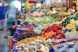 Arcisate: domani riparte il mercato solo con generi alimentari