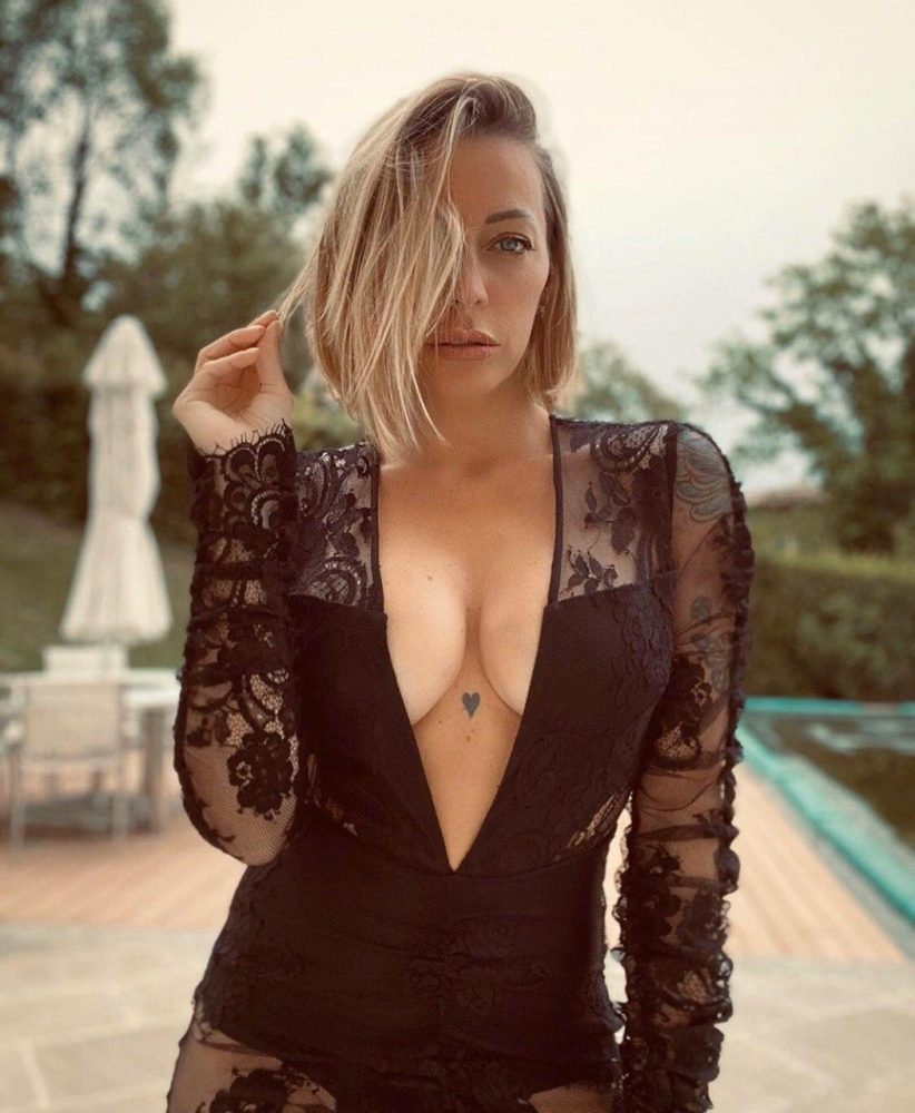 Karina cascella hot
